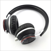 Audio Technica ATH-RE700 on-ear headphones - EX DEMO